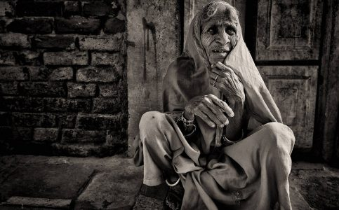 old beggar lady in jaipur © Hamish Scott-Brown