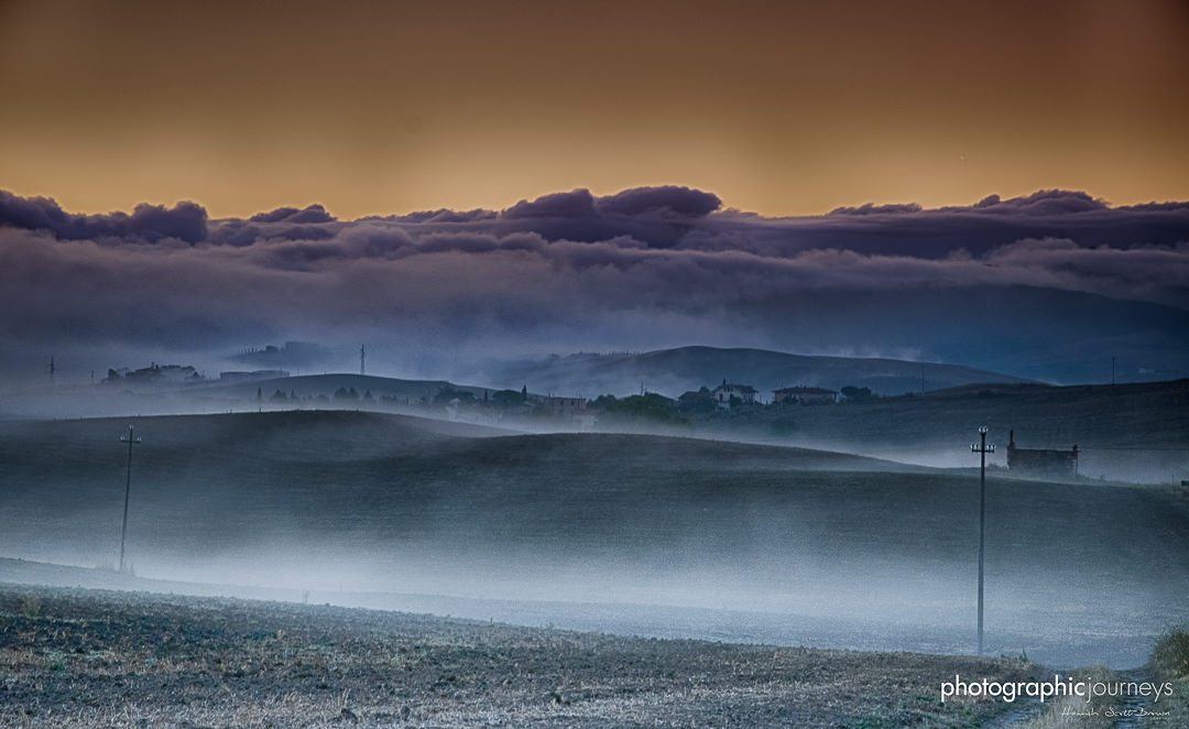 Mist and dawn in Tuscany near Val D'Orcia © Hamish Scott-Brown