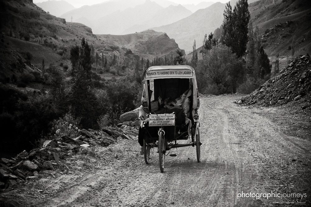 Rickshaw on Leh-Srinagar highway Ladakh ©Hamish Scott-Brown