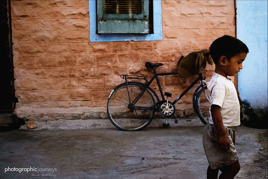 small boy in a side street in jaipur © Hamish Scott-Brown